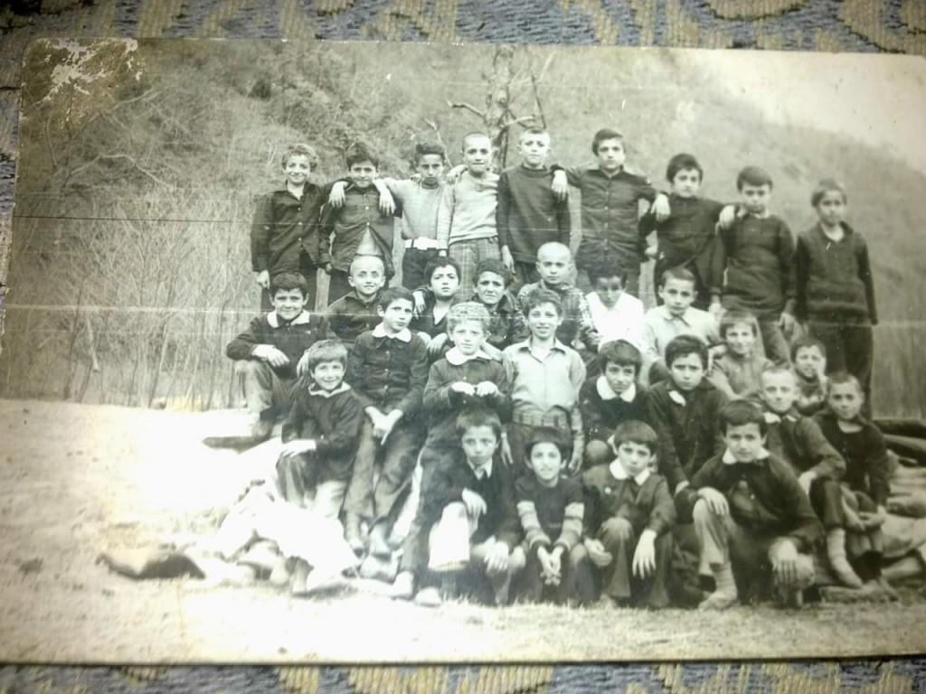 1981 Ballica ilköğretim okulu 4.sınıf toplu resim. Süleyman keskin'in arsivinden