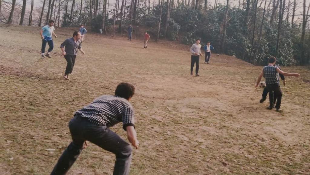 1985 li yıllar, zebeşka cos, Ahmet keleş (dilsiz) kalede, mustafa keles, ali keleş , Aziz Albayrak, Ahmet Albayrak, Ali Yavuz abi(karşı kaleci) gibi. Ali keleş'in arşivinden